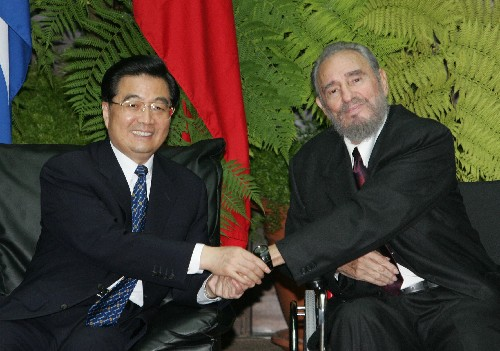 Hu Jintao and Castro in 2004 (picture: www.chinaconsulatesf.org).